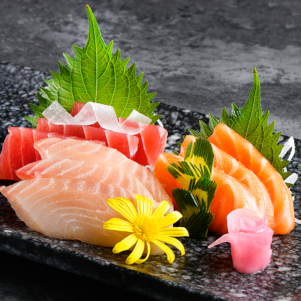 Which parts of the sashimi, Rolls-Royce and bluefin tuna are the most plump?